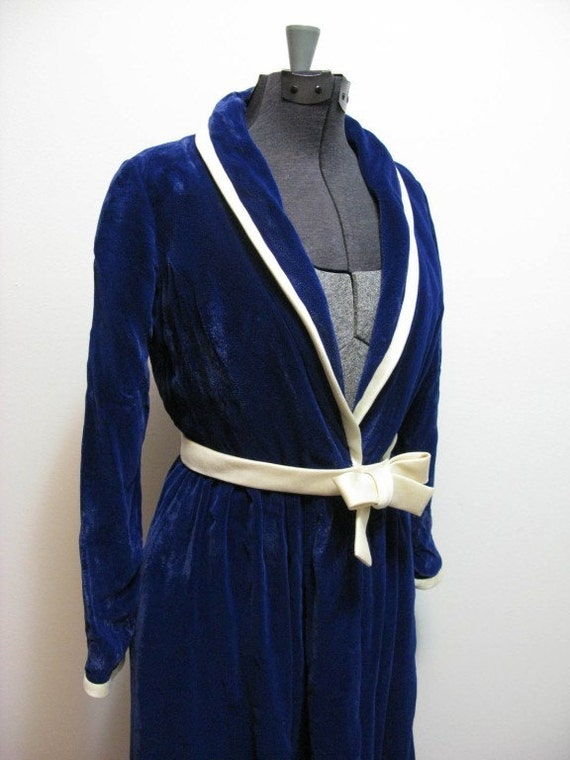 Vintage saks 5th ave blue thick crushed velvet robe m free for Saks 5th avenue robes de mariage