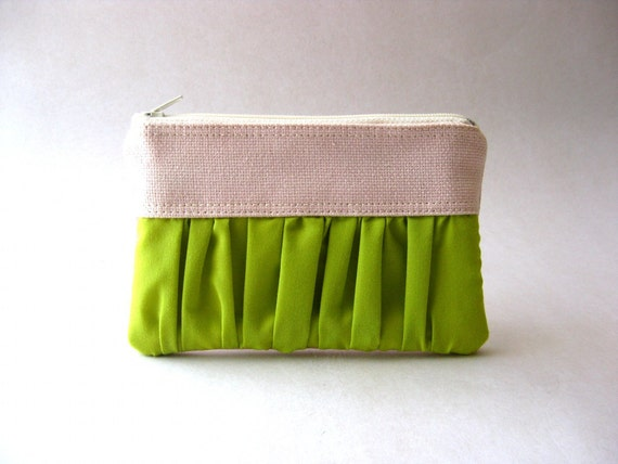 SALE 20% OFF - Prices already reduced - The True Romantic Coin Purse in light pink / apple green