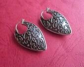 Bali Sterling Silver Butterfly Hoop Earring / 1.4 inch long / silver 925 / Balinese handmade jewelry / (#106K)