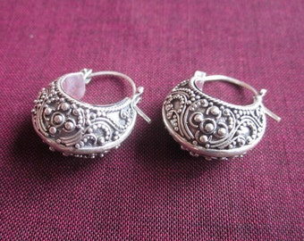 Unique Sterling Silver Balinese Hoop earrings / silver 925 / Handmade Jewelry / 1 ich