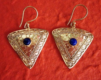 Bali Gold plated Tribal Afghan style Nomad jewelry Earrings / handwork / Lapis lazuli / (#88K)