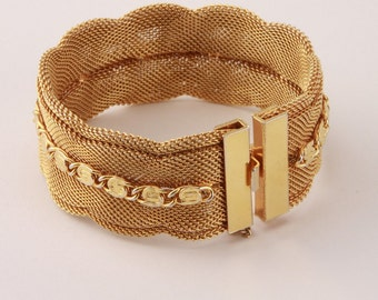Vintage 1980s Curvy Gold Mesh Bracelet Cuff