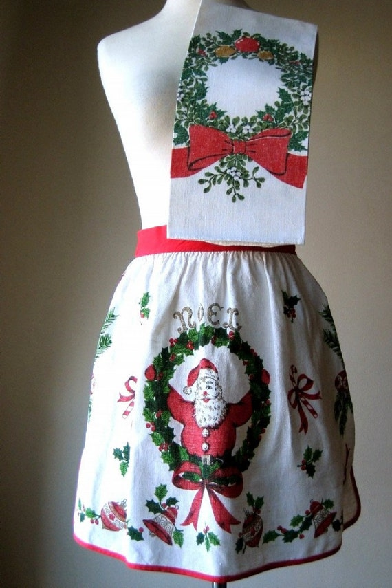 APRON vintage LINEN kitchen CHRISTMAS print and Towel Matched Set