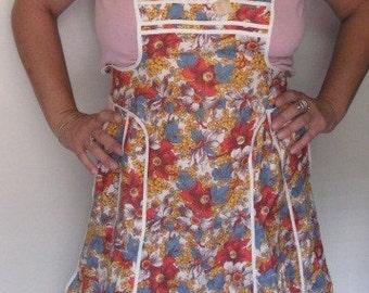 Vintage 50s Floral Kitchen Baking Apron Cotton Tie-Back Autumn Harvest Thanksgiving