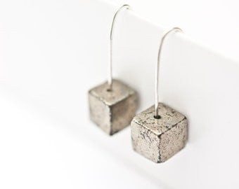 Modern Hook Earrings Argentuim Sterling Silver Golden Pyrite Cube Handmade Urban Minimalism Geometric Jewelry minimal chic