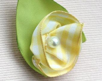 Yellow gingham flower