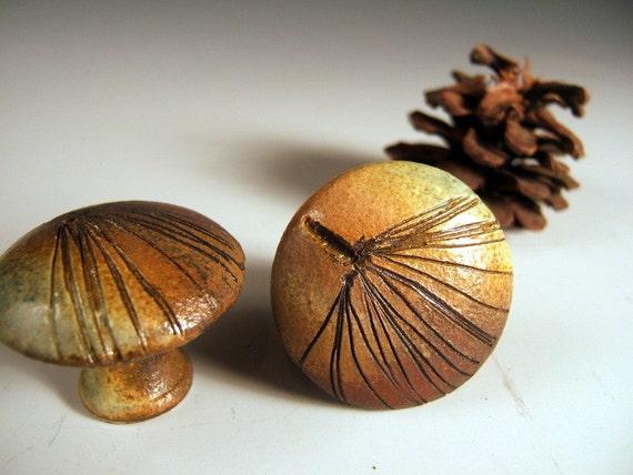 "2 White Pine Cabinet Knobs/Drawer Pulls ceramic leaf knobs in ""Change of Seasons"" Glaze"