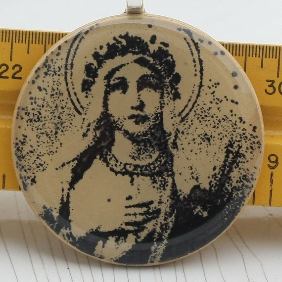 Blessed Mother pendant - Poker Chip