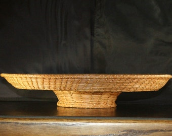 Pine Needle Basket with Pedestal