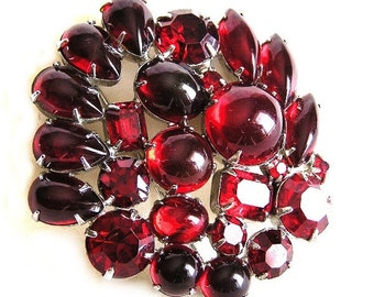 Weiss Red Glass Cabochon Brooch