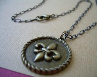 Necklace Chain Antique Bronze Toned With Fleur-de-lis  Pendant Urban Survival Gear USA ABNASST