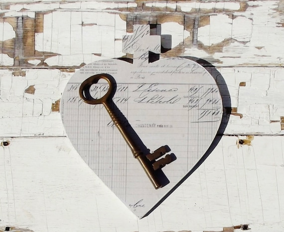 Large Vintage Skeleton Key