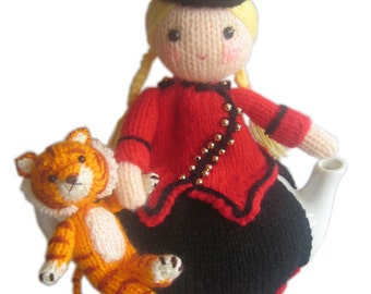 The Ringmaster and Her Tiger Tea Cosy PDF Email Knit PATTERN