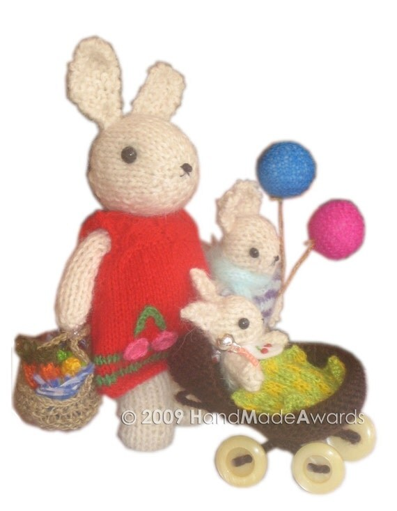 Adorable Mom BUNNY with Her Basket of Vegetables PDF  Email Knit PATTERN