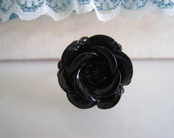 HENRIETTE Black Rose Ring