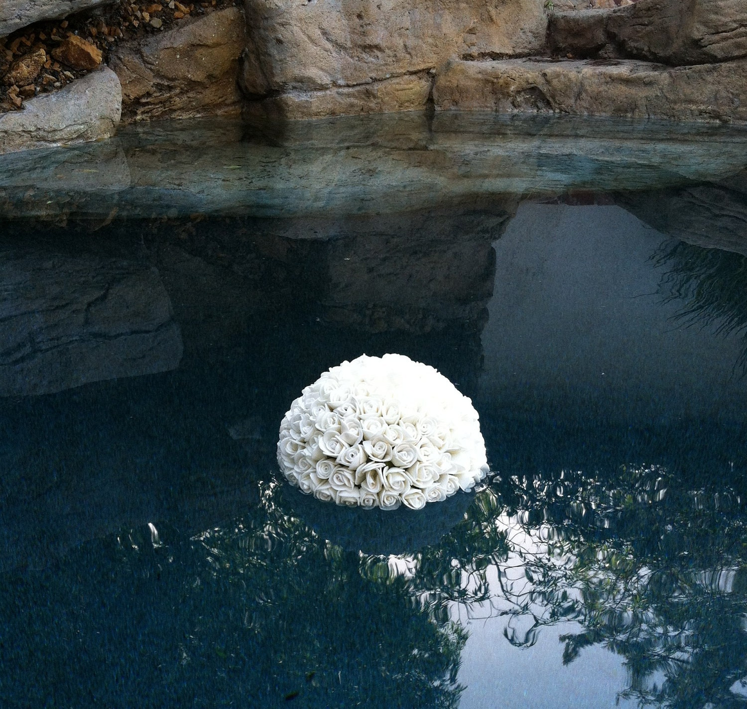 outdoor wedding pool decorations floating kissing ball