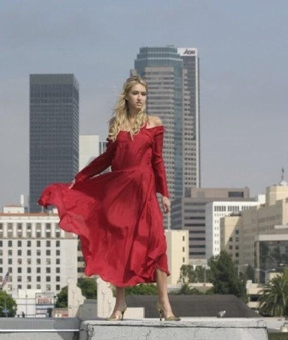 Lady in red.....by Stella dottir