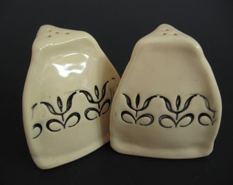 Salt N Pepper Shakers