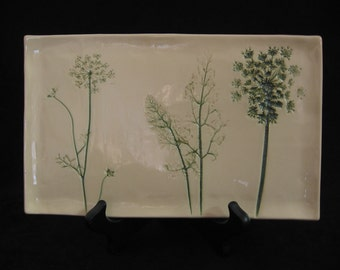 Queen Ann's Lace Plate
