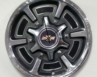 Chevy Wall Clock 1977 - 1988 Chevrolet Blazer Pickup Truck Van Hubcap Clock - 1978 1979 1980 1981 1982 1983 1984 1985 1986 1987