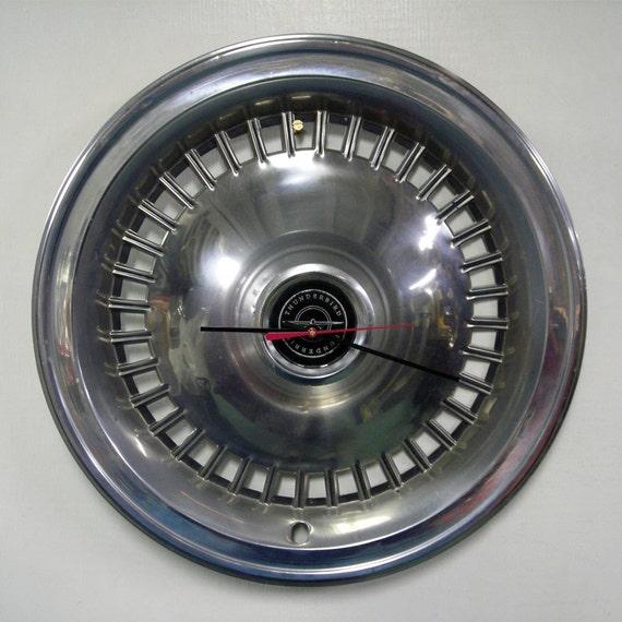 1977 - 1979 Ford Thunderbird Hubcap Clock - 1978 T-Bird Classic Car Wall Clock