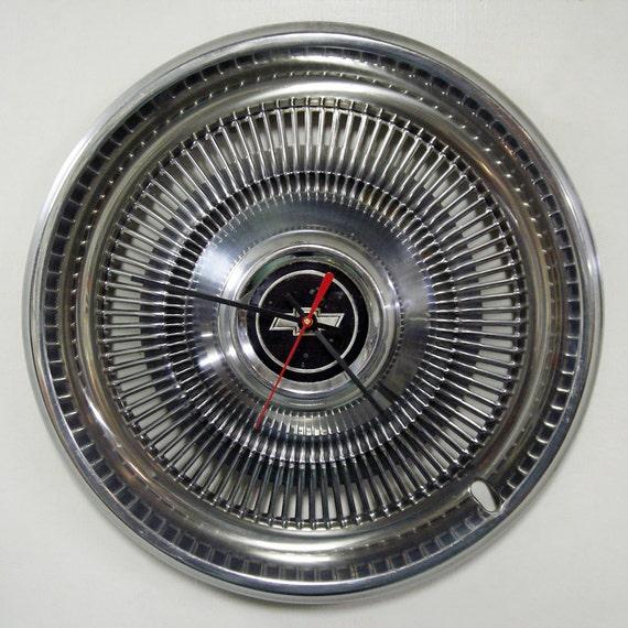 Chevy Hubcap Clock - 1970 - 1975 Chevrolet Monte Carlo Chevelle Impala Wall Clock - 1971 1972 1973 1974