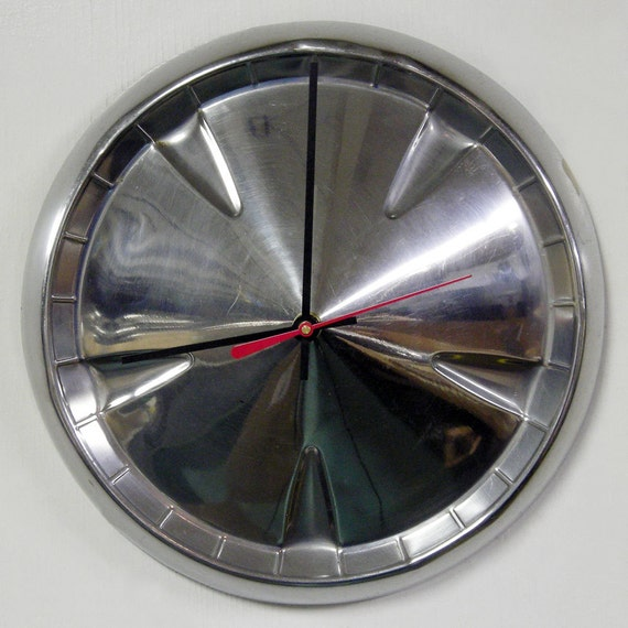 1959 Plymouth Hubcap Clock - Fury Wall Clock - Belvedere Savoy - Dad's Station Wagon