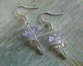 Donia's N2Beadz... Light Purple Garden Glass Flower Earrings