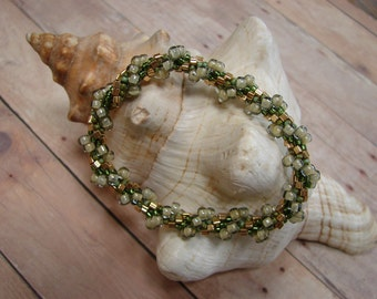 Spiral Bead Crochet Bracelet with Green and Gold Seed Beads