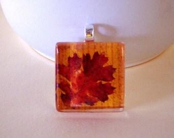 Glass Tile Fall Maple Leaf Pendant 7/8 Inch