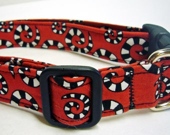 Doodlebug Dud's Beetlejuice Collar