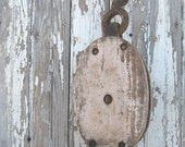 Vintage farm Pulley in pink paint