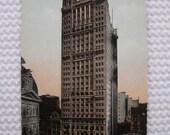 Vintage 1917 Unused Postcard Park Row Building New York