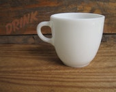 Vintage 1950s White Pyrex Milk Glass Mug