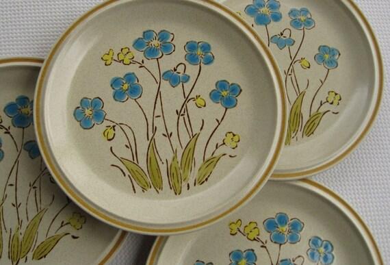 Vintage Garden Festival Highland Flowers by Hearthside set of 4 Dishes