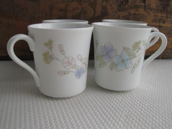 Vintage Pastel Bouquet by Corning Mugs set of 4