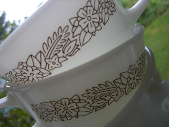 Vintage Pyrex Woodland Brown Cups - Three's Company