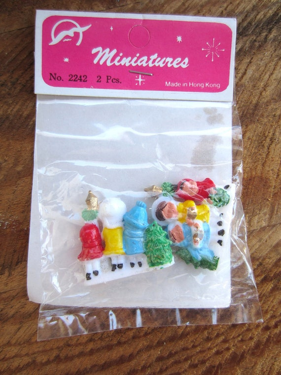 Vintage Miniature Christmas Carolers package of 2 Holiday Crafting Fun made in Hong Kong