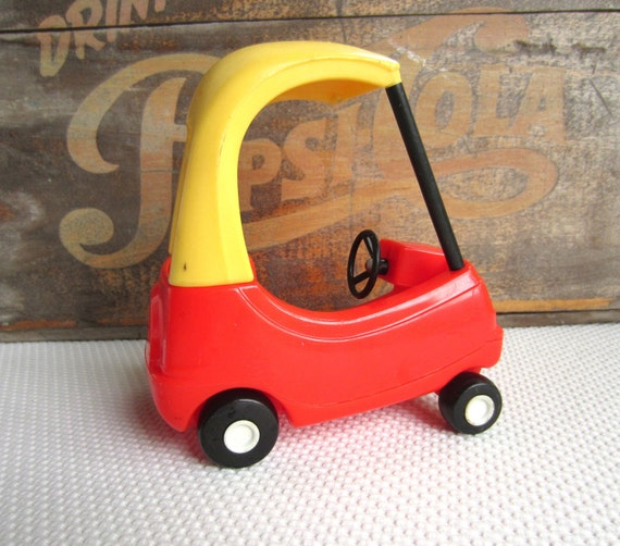 Vintage Little Tikes Cozy Coupe Car Dollhouse Size Toy Vehicle