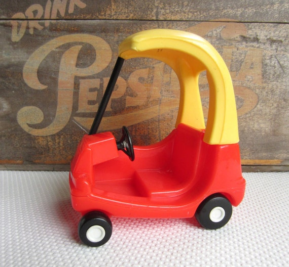 Vintage Little Tikes Cozy Coupe Car Dollhouse Size Toy Vehicle