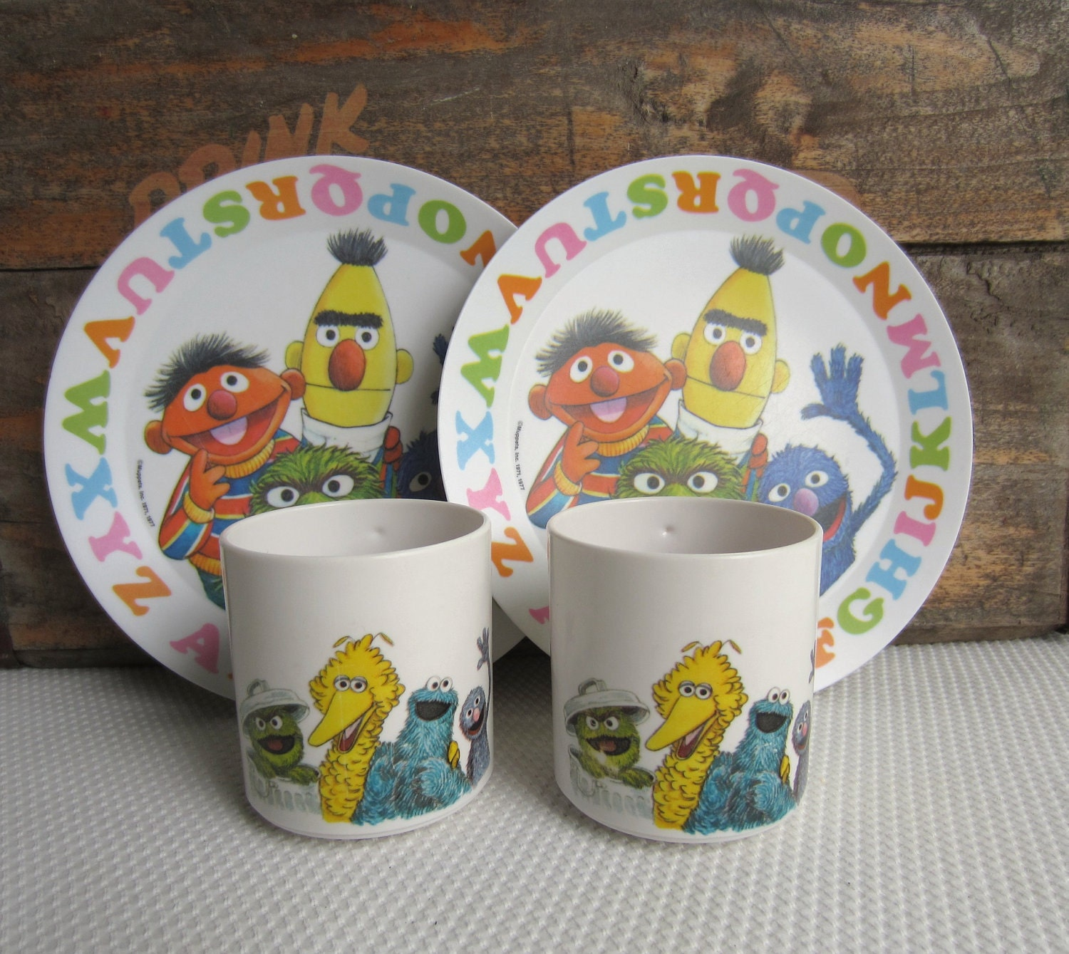 Top 50 Muppets Loc 80: Vintage 1977 Sesame Street Cups And Plates ABC Muppets Inc