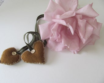 Brown Amour-------- Felt. Heart. Sweet  love.ready to ship--Holiday gift--Valentine's Day-