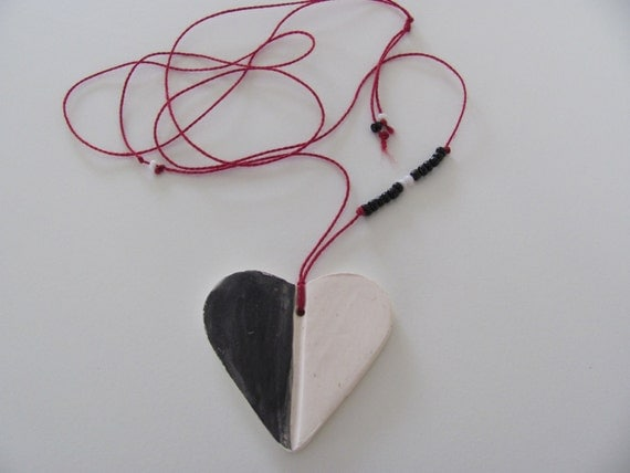 BlacK  and   White  HeaRt----- Ceramic   Necklace---Valentine's Day