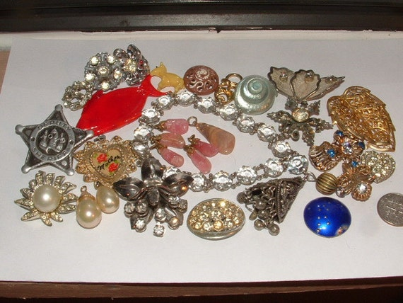 30 VINTAGE odds and ends for crafts re-design repair jobs  jewelry findings some unusual too you get all