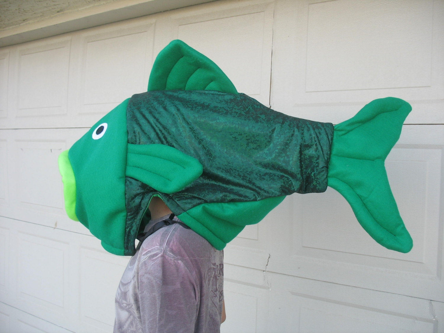 Green fish costume one size for Fish head costume