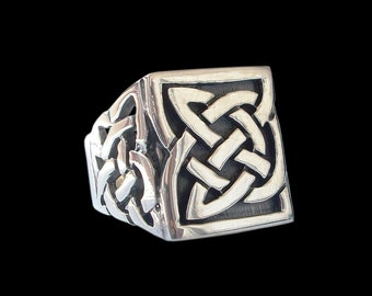 Sterling Silver Celtic Knot ring - All sizes -
