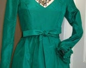 Vintage 1980's Green Taffeta Holiday Dress with Pleated Ruffle Details - Size Small 6