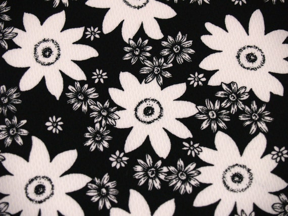 2 yards VTG fabric: Night and day...