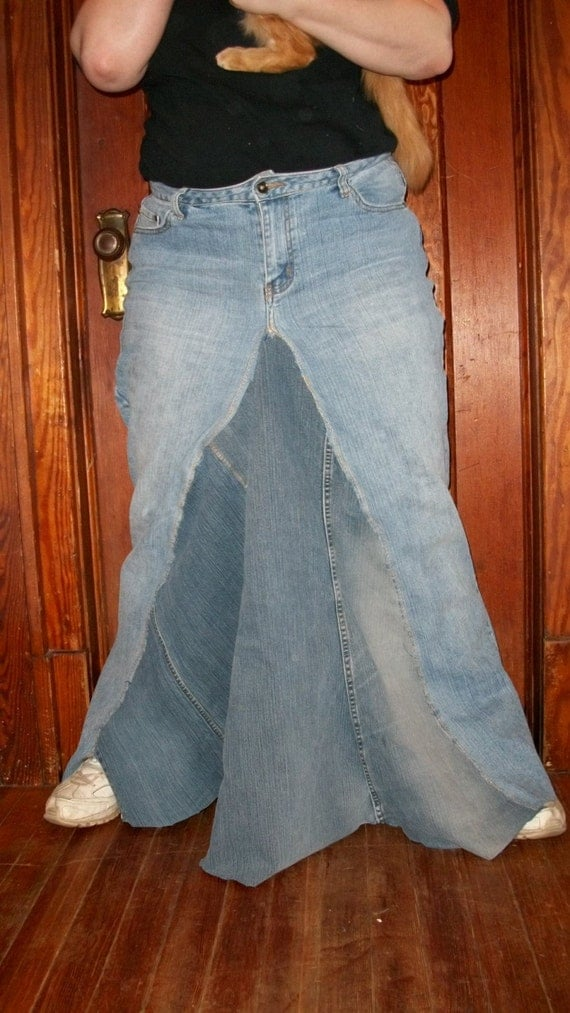reserved for ieattofu68 size 18 denim skirt