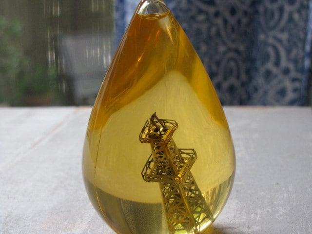 1960s Sinclair Oil Company Lucelia Wise Oil Drop